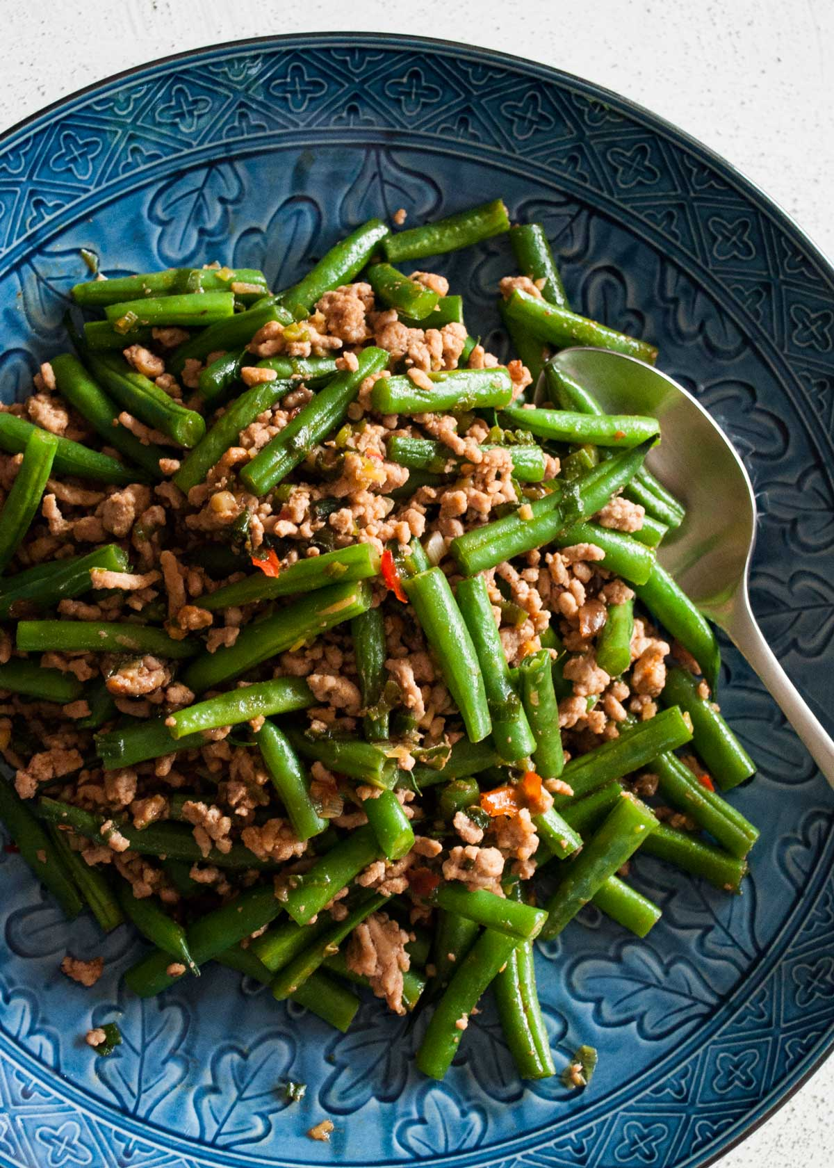 Beans and pork mince stir fry is the Japanese version of Chinese style dish which goes so well with rice. It's not as oily as Chinese style with milder spices.