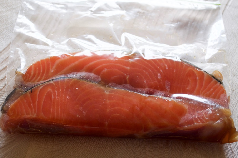 Simply marinating salmon with mirin, soy sauce and sugar will transform the salmon to a different level. All you need is time to marinate. The grilled salmon mirin-zuke is yummy even when it's cold.