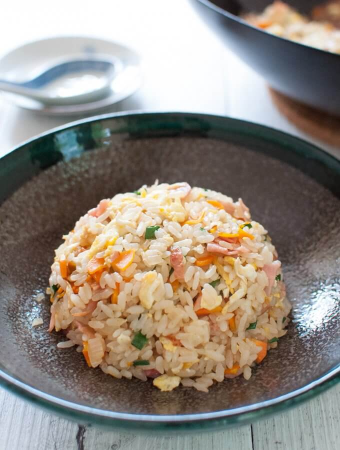 This is a quick Japanese fried rice made with store-bought fried rice seasoning. All you need is rice, egg and chopped vegetables. If you want, add meat too. The flavour of the Japanese fried rice is similar to Chinese fried rice but a bit lighter and less oily.