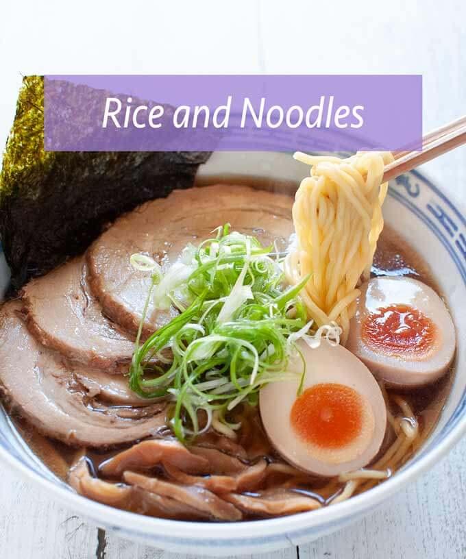 米饭和面条菜肴的汇集