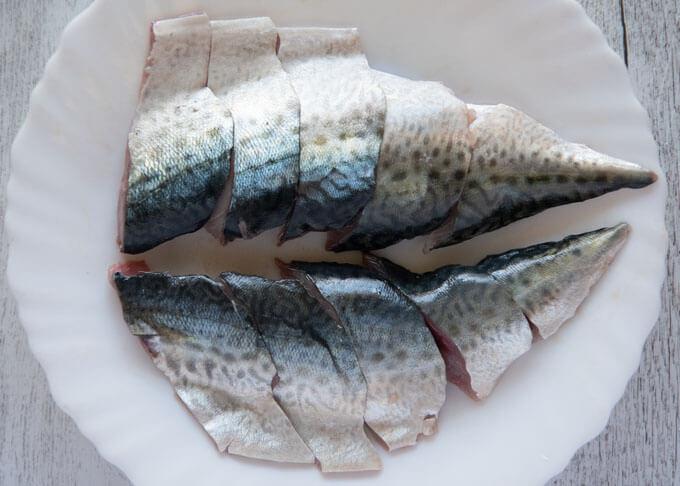 Sliced mackerel fillets.
