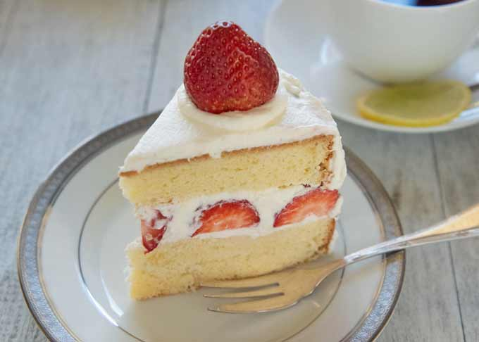 Japanese Strawberry Sponge Cake (Strawberry Shortcake) cut to a serving size.
