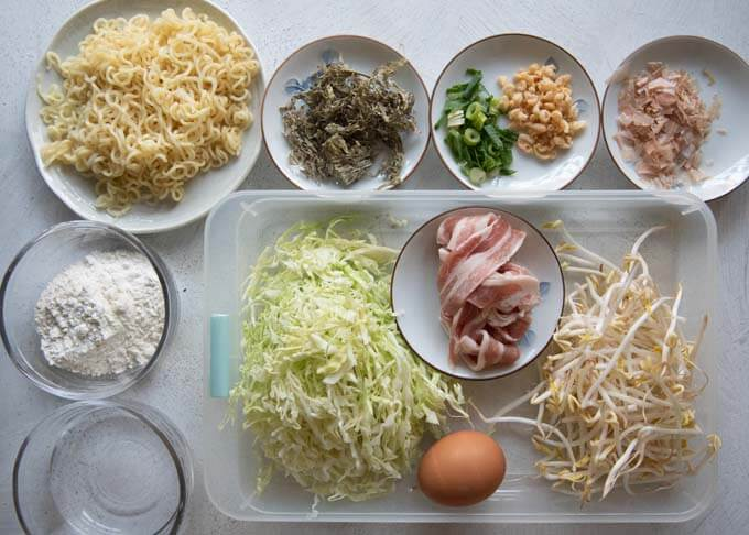 Ingredients to make Hiroshima Okonomiyaki.