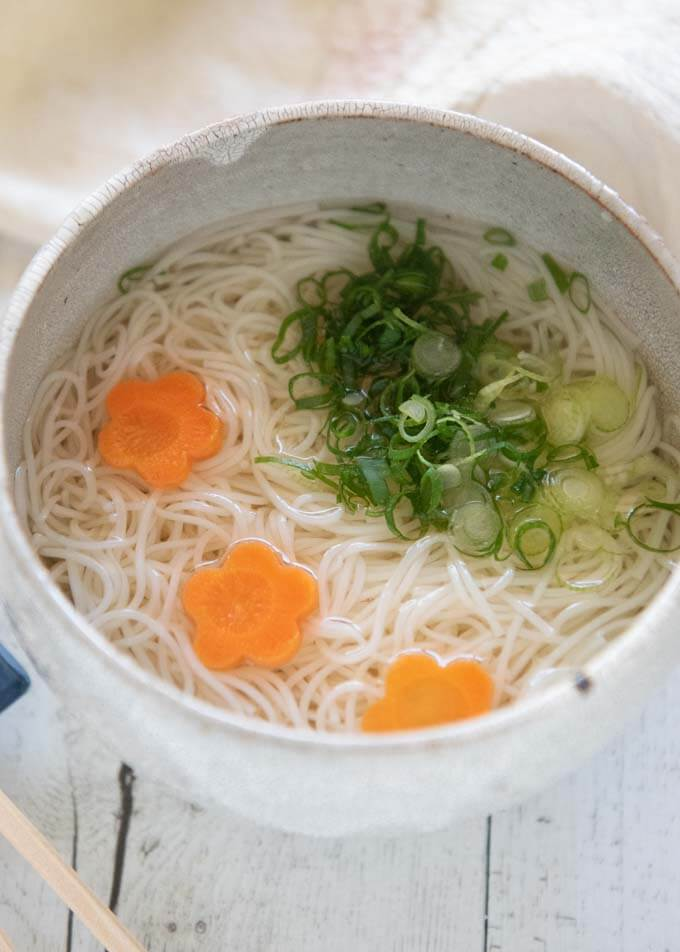 Hero shot of Cold Nyūmen in a bowl.