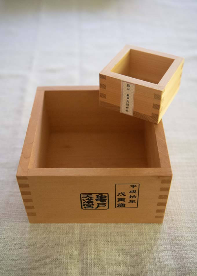 Traditional Japanese wooden measuring cup - masu (枡).